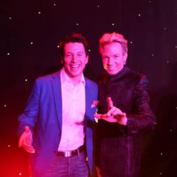 Der Illusionist Peter Marvey und Magic Martin